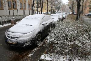 Pierwszy śnieg w stolicy. 25 kolizji i wypadek