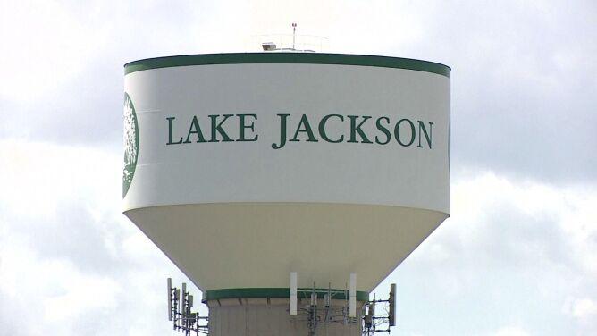 Ameba żywiąca się mózgiem w Lake Jackson. Mieszkańcy wciąż nie mogą korzystać z wody
