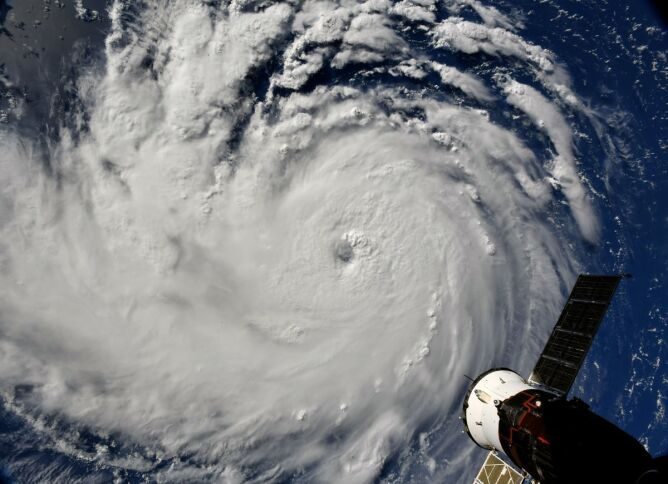 Huragan Florence - zdjęcie z poniedziałku (Richard Arnold/NASA)